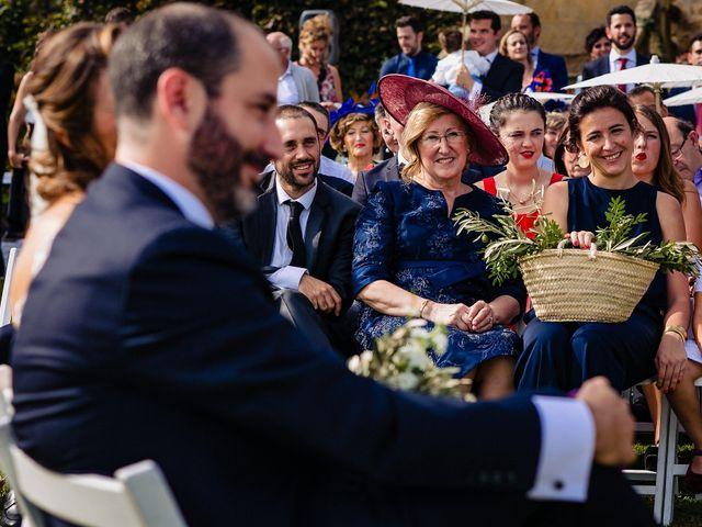 La boda de Iñaki y Amaia en Donostia-San Sebastián, Guipúzcoa 12