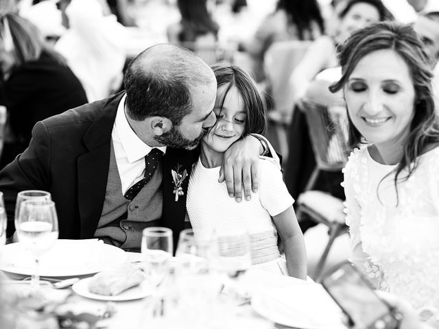 La boda de Iñaki y Amaia en Donostia-San Sebastián, Guipúzcoa 16