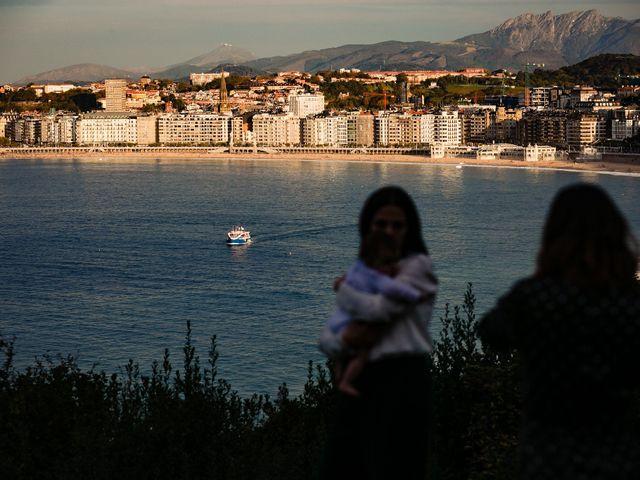 La boda de Iñaki y Amaia en Donostia-San Sebastián, Guipúzcoa 36