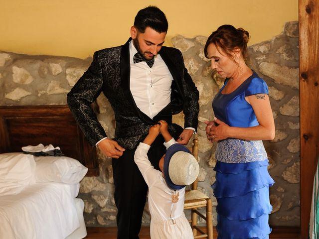 La boda de David y Elena en Villatoro, Ávila 11