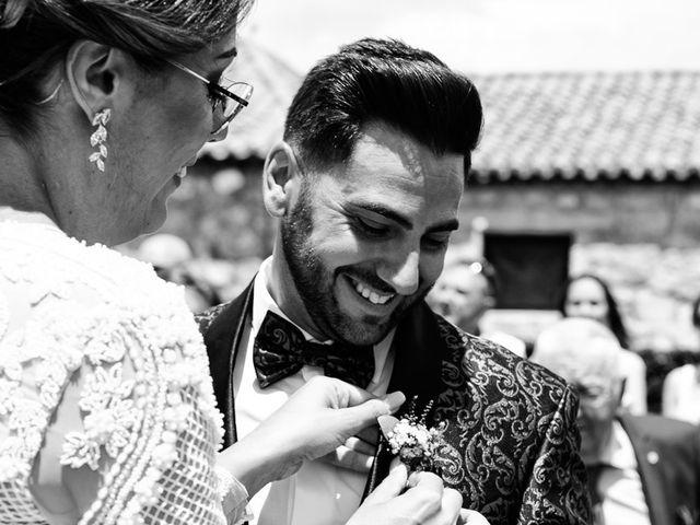 La boda de David y Elena en Villatoro, Ávila 21