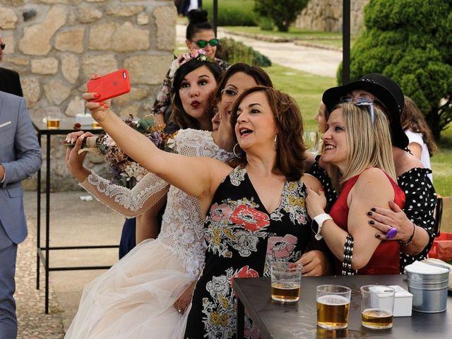 La boda de David y Elena en Villatoro, Ávila 27