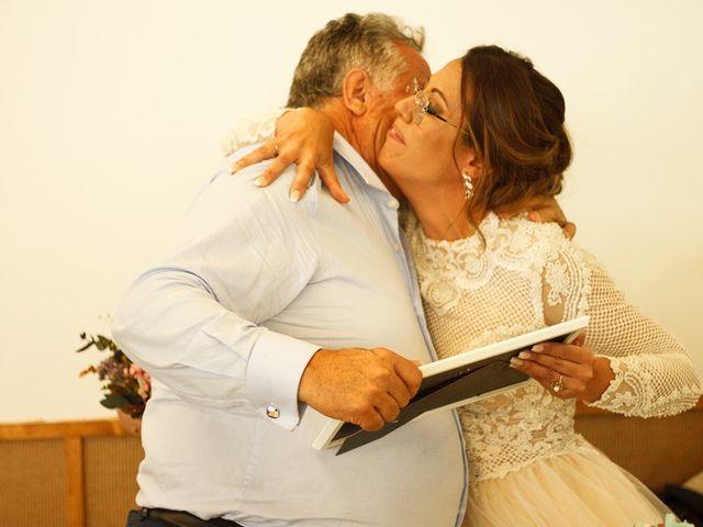 La boda de David y Elena en Villatoro, Ávila 30