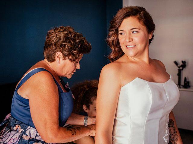 La boda de Alba y Yolanda en Playa De Daimús, Valencia 12