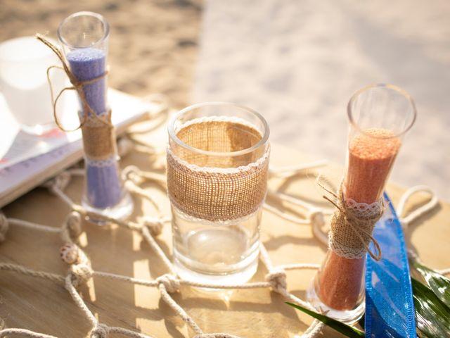 La boda de Alba y Yolanda en Playa De Daimús, Valencia 16