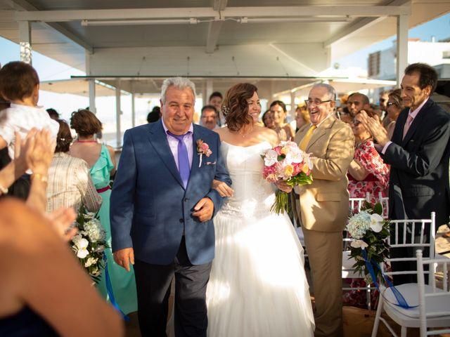 La boda de Alba y Yolanda en Playa De Daimús, Valencia 17