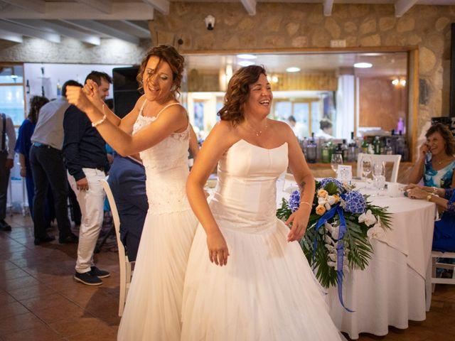 La boda de Alba y Yolanda en Playa De Daimús, Valencia 29
