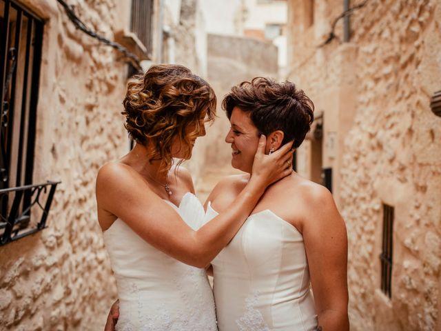 La boda de Alba y Yolanda en Playa De Daimús, Valencia 35