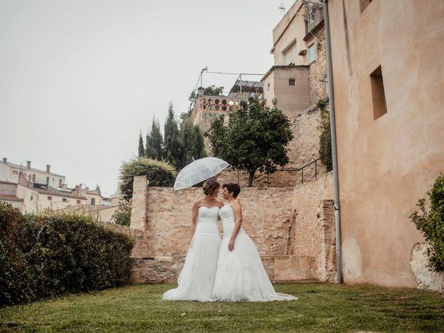 La boda de Alba y Yolanda en Playa De Daimús, Valencia 38