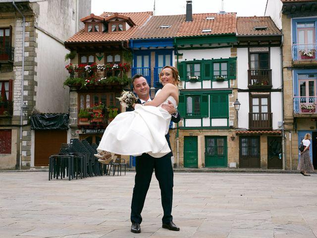 La boda de Ivan y Itziar en Hondarribia, Guipúzcoa 19