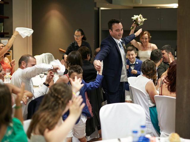 La boda de Ivan y Itziar en Hondarribia, Guipúzcoa 27