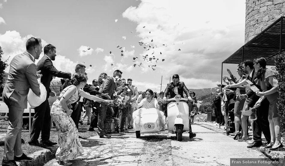 La boda de David y Elena en Villatoro, Ávila