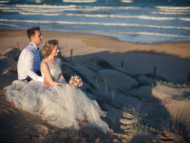 La boda de Alejandro y Cristina en Torrevieja, Alicante 14