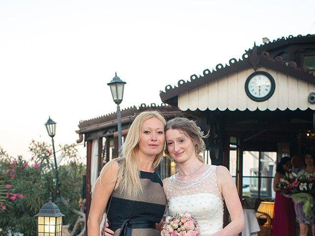La boda de Alejandro y Cristina en Torrevieja, Alicante 21