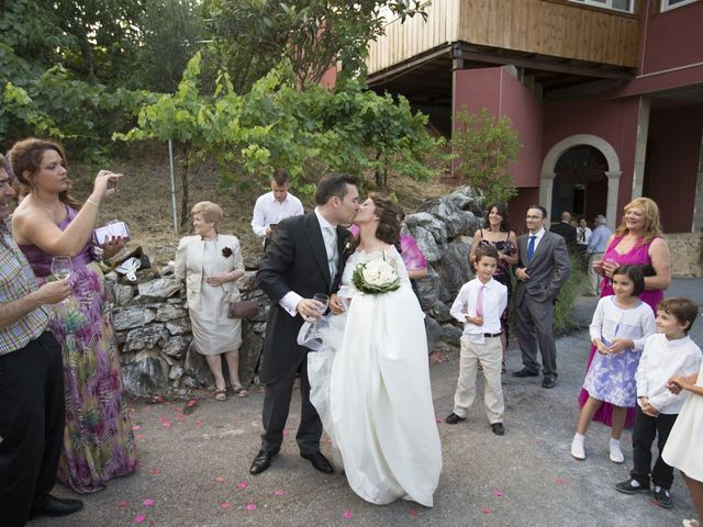 La boda de Daniel y Lidia en Vilamartin De Valdeorras, Orense 36