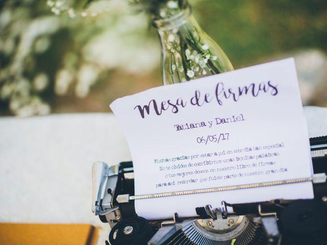 La boda de Daniel y Tatiana en Sant Marti Vell, Girona 5