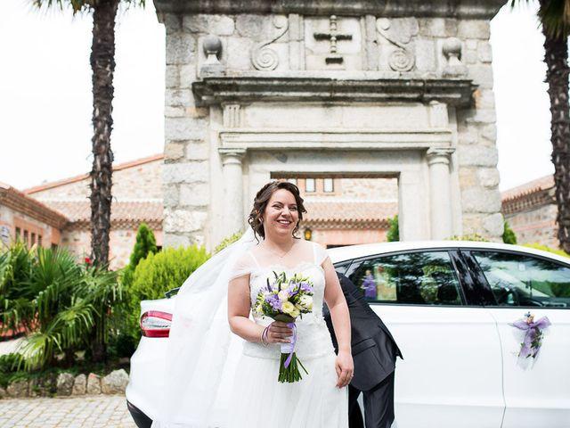 La boda de Javier y Natalia en Madrid, Madrid 25