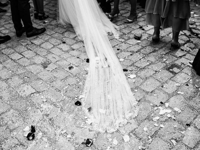La boda de Javier y Natalia en Madrid, Madrid 36