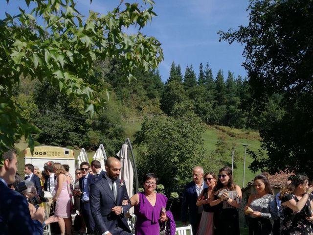 La boda de Borja y Ane en Atxondo, Vizcaya 23