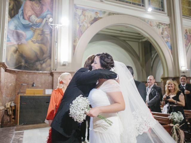 La boda de Fernando y Alba en Paterna, Valencia 23