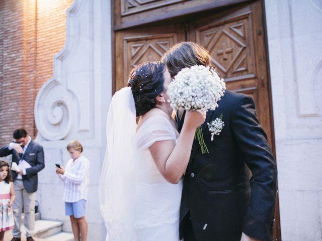 La boda de Fernando y Alba en Paterna, Valencia 32
