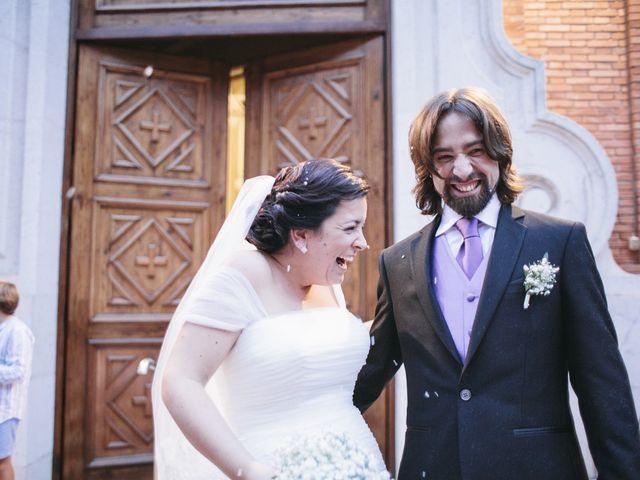 La boda de Fernando y Alba en Paterna, Valencia 33