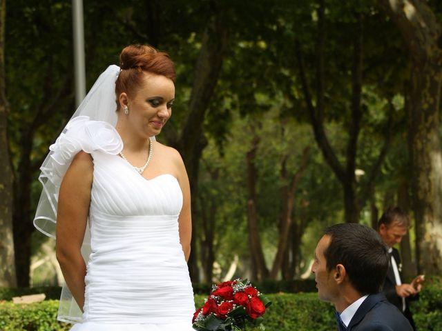 La boda de Loredana y Grigoras en La Roda, Albacete 21