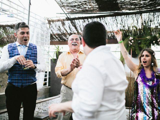 La boda de Fon y Julia en Vigo, Pontevedra 238
