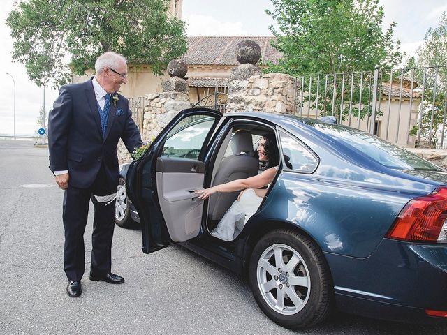 La boda de Sergio y Susana en Torrecaballeros, Segovia 27