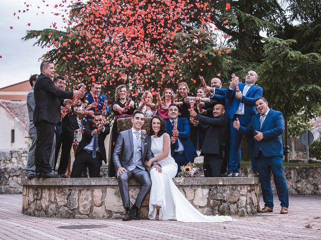 La boda de Sergio y Susana en Torrecaballeros, Segovia 39