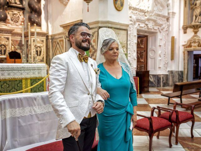 La boda de Mamen y José Domingo en Cádiz, Cádiz 2