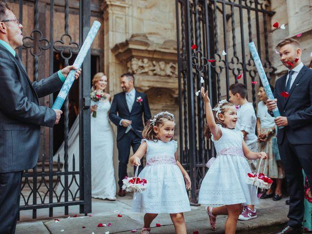 La boda de Pablo y Anastasia en Atxondo, Vizcaya 70
