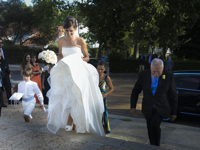 La boda de Javi y Ana en Argamasilla De Calatrava, Ciudad Real 28
