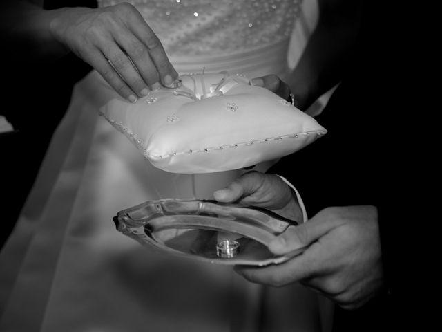 La boda de Javi y Ana en Argamasilla De Calatrava, Ciudad Real 30