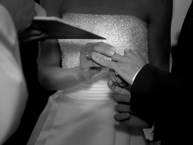 La boda de Javi y Ana en Argamasilla De Calatrava, Ciudad Real 31