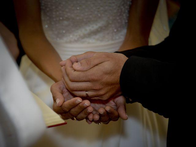 La boda de Javi y Ana en Argamasilla De Calatrava, Ciudad Real 32