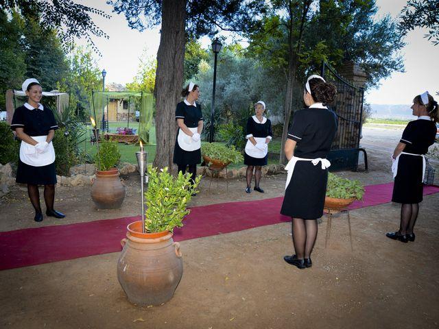 La boda de Javi y Ana en Argamasilla De Calatrava, Ciudad Real 38