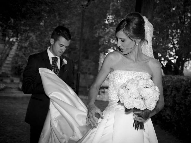 La boda de Javi y Ana en Argamasilla De Calatrava, Ciudad Real 48