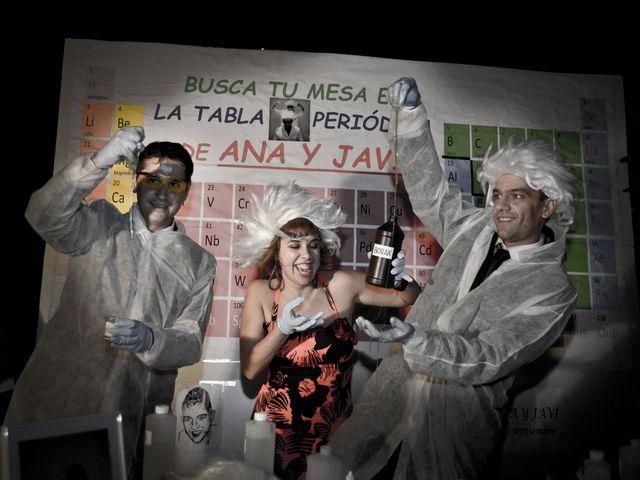 La boda de Javi y Ana en Argamasilla De Calatrava, Ciudad Real 97