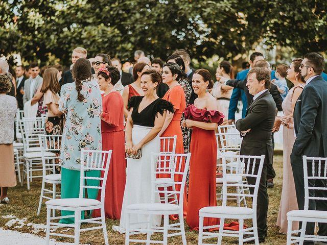 La boda de Luis y Ana en Boiro (Boiro), A Coruña 35