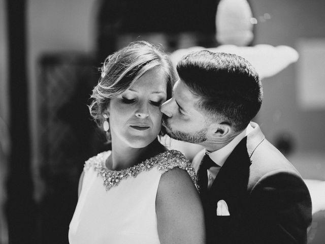 La boda de Miguel y Elena en Llerena, Badajoz 20