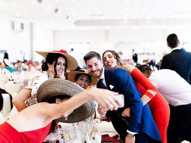La boda de Miguel y Elena en Llerena, Badajoz 29