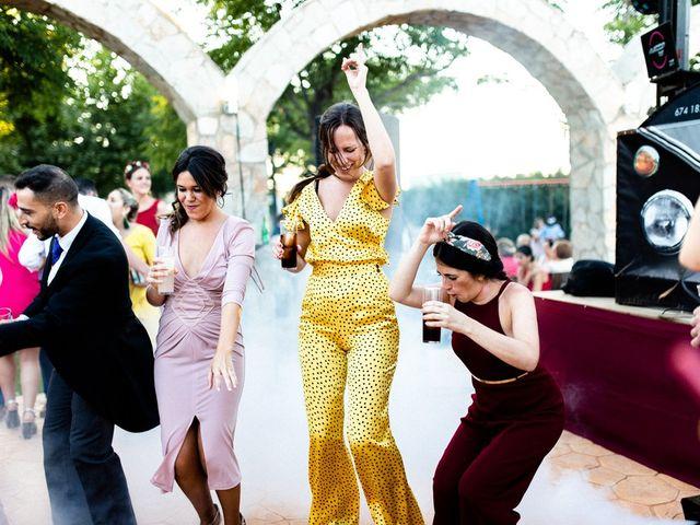 La boda de Miguel y Elena en Llerena, Badajoz 60