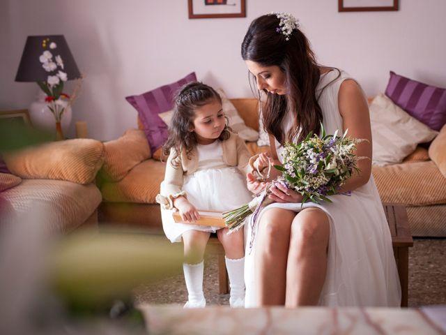 La boda de Miguel Ángel y Amparo en Gandia, Valencia 12