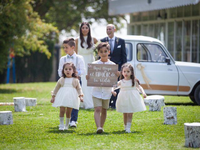 La boda de Miguel Ángel y Amparo en Gandia, Valencia 21