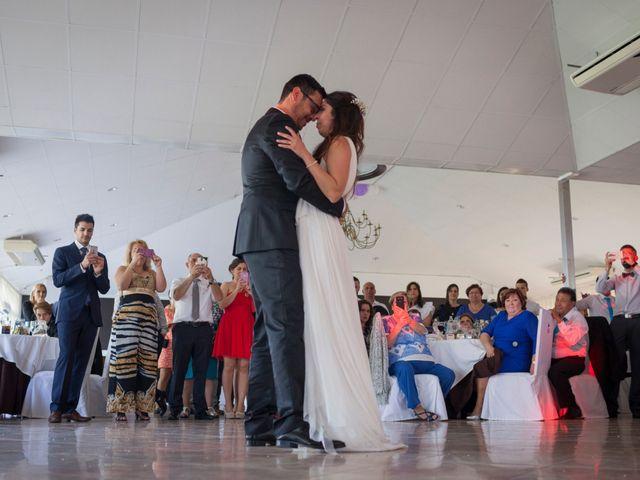 La boda de Miguel Ángel y Amparo en Gandia, Valencia 27