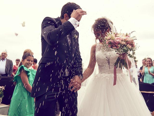 La boda de Miguel y Rosalina en Avilés, Asturias 29