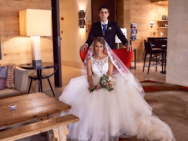 La boda de Miguel y Rosalina en Avilés, Asturias 66