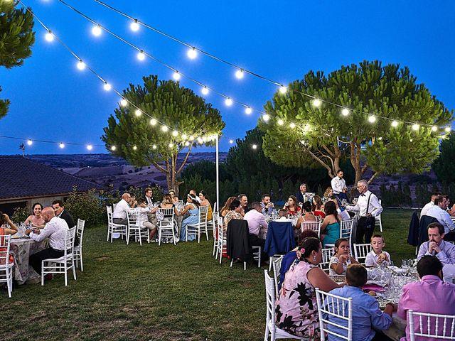 La boda de Alberto y Rocío en La Torre De Esteban Hambran, Toledo 27