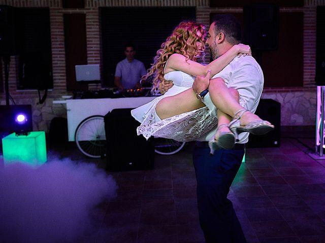 La boda de Alberto y Rocío en La Torre De Esteban Hambran, Toledo 33